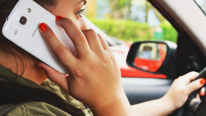 5 Tips For Avoiding Distracted Driving
